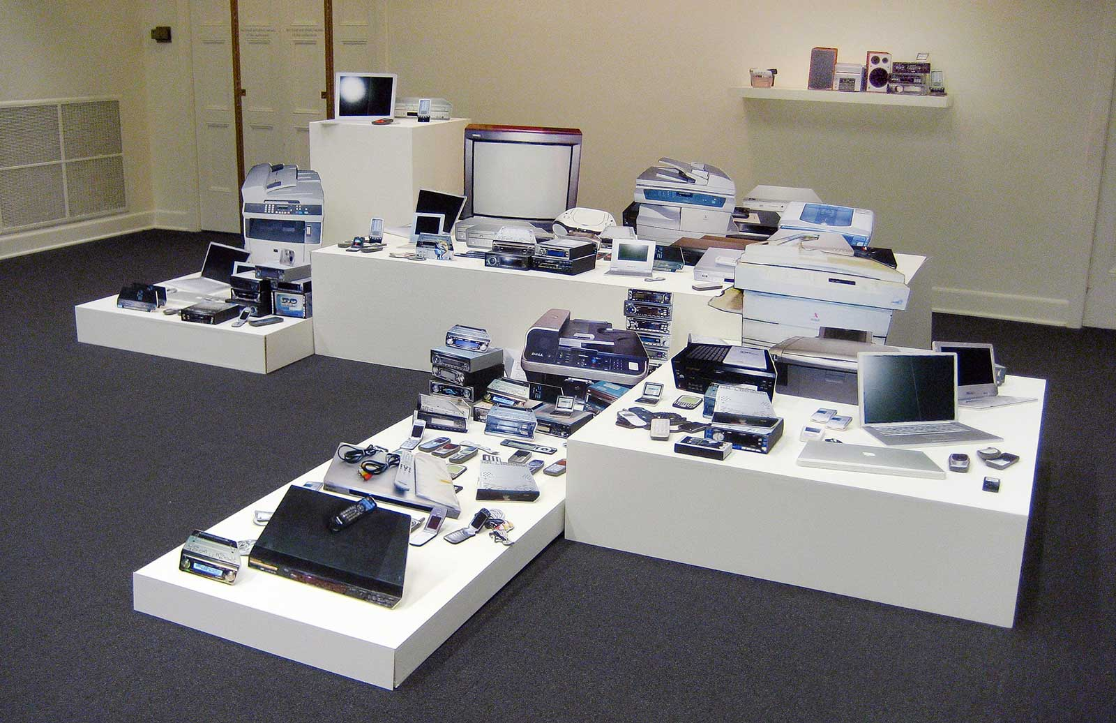 installation of prints of electronic devices